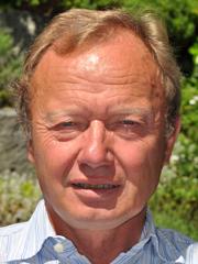 Dr. Wolfgang Schott